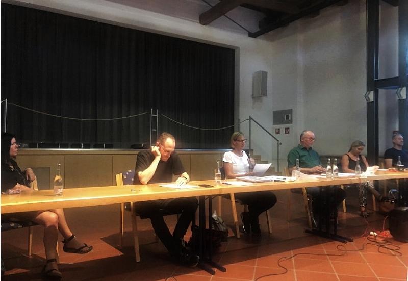 Scheidender Vorstand: Uli Ofenstein, Thomas Hütsch, Conny Dreijalts, Harald Friedrich, Bettina Kern-Weigel, Marcus Weigel (vlnr)